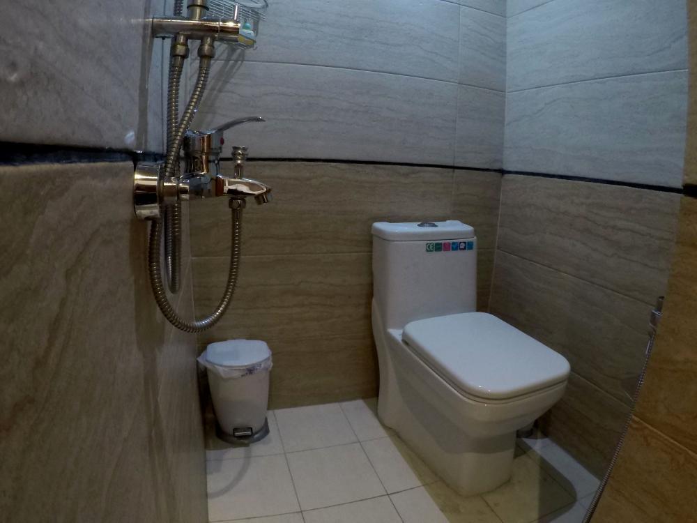 سرویس بهداشتی اتاق 102